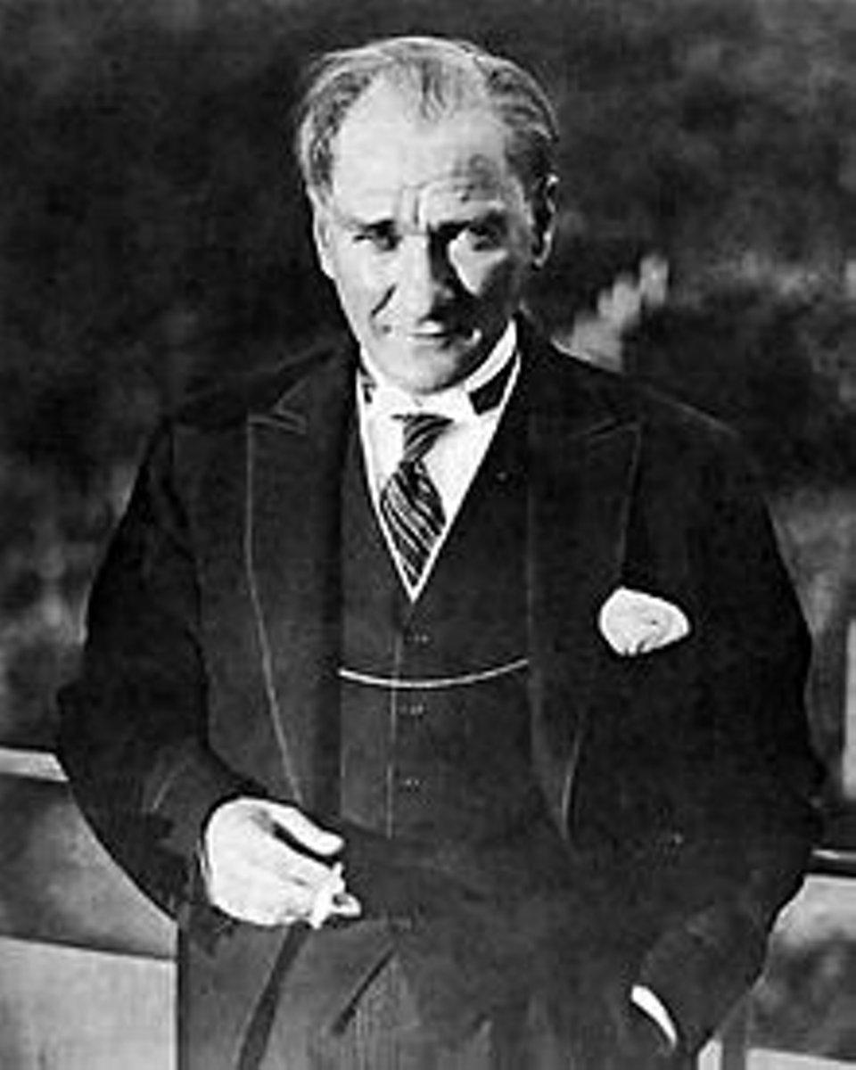 Mareşal · Gazi · Ebedi Şef [Not 1] Mustafa Kemal Atatürk